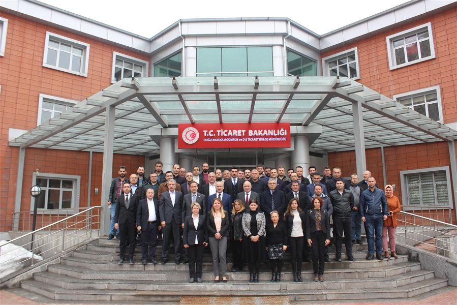 Personel Genel Müdürümüz ve beraberindeki heyet, Bölge Müdürlüğü ve Kapıköy Gümrük Müdürlüğü personeli ile bir araya geldi